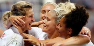 Women's World Cup: England beat Japan to finish top of Group D
