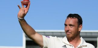 County Championship: Kyle Abbott stars as Hampshire beat Somerset